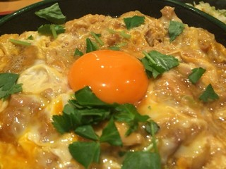 軍鶏一 四ツ谷店 - この卵美味い!