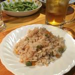 MARU - 美味しい自家栽培さやえんどうと筍の炊き込みご飯
