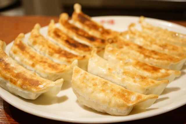 原宿餃子樓 - 焼餃子 (¥290)、にら・にんにく入り 焼餃子 (¥290)