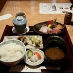 割烹きむら - 刺身定食(1200円)