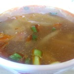 クルンテープ - ・パッマクアバイホーラーパー スープ
