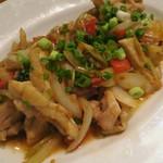 チャオハノイ - 鶏肉のレモングラス炒め