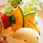 キッチンごりら - 帯広どろぶたロースステーキ(付け合せの野菜)