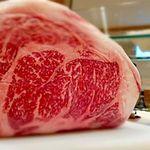 久米ピッツァlumaca - 熊本・阿蘇「あか牛」サーロインをグリルで