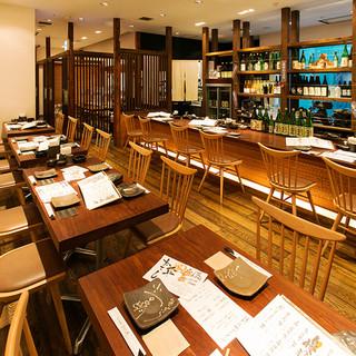 【宴会個室】壁一面ガラス張りの開放的な人気個室