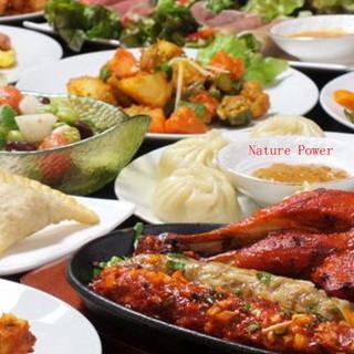 150種類以上、こだわりのアジア各国料理