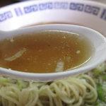 福楽軒 - あっさり食べられる変化球のない醤油味のラーメン。