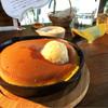 ミツバチガーデン カフェ - 料理写真:スノーハニーパンケーキ750円