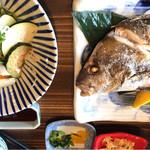 地恵地楽ダイニング 青空食堂 - 本日の魚定食