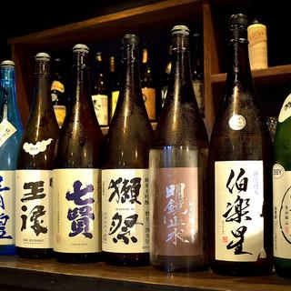 ドリンクメニュー100種類☆地酒の種類も豊富です。