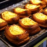 アルティジャーノ - 焼きたてのパンの香りが良いね^ ^
