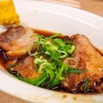 京屋本店 - 煮豚