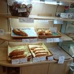 ココペライ - 商品棚と商品たち