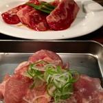 52949743 - ほとんどU1000円どころかU800円のお肉です
