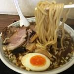 52950365 - 中華そば 麺アップ