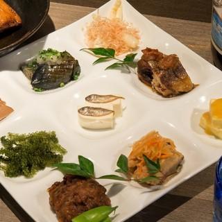 おしゃれな雰囲気!見た目にもオシャレな沖縄料理