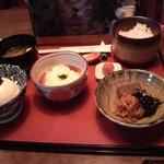 えぷろん亭 - 五穀米&とろろ&豆腐のランチ