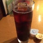 52963263 - アイスコーヒー。                       プラス税込200円。