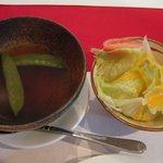 洋食 羽柴 - スープとサラダ