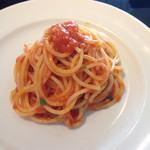 52983819 - スパゲティ、これで半分の量です。
