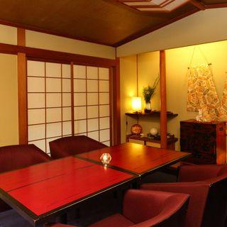 【半個室テーブル席】記念日など特別な日はプライベート空間で!