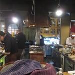 あぶりや食堂 - 忙しい厨房