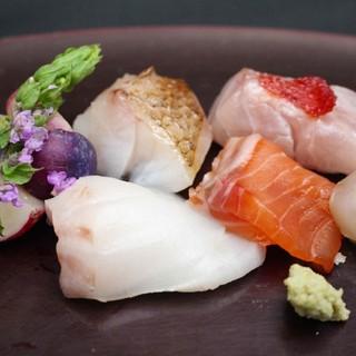 魚の美味しさは鮮度だけではございません。熟成も必要です。