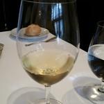 銀座 ハプスブルク・ファイルヒェン - 白ワイン。