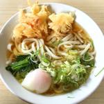 山喜 - うどん大+天ぷら+卵
