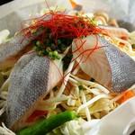 魚と野菜のコラボ『農園野菜とつぼ鯛のあっさり塩鉄板焼き』