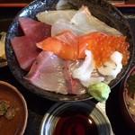 53002940 - 海鮮丼