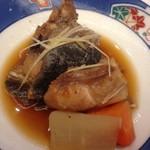江戸銀寿司割烹 - 何かのアラ炊き?