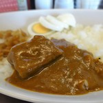 欧風カレー キュリー - ビーフカレーの牛肉