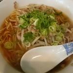 天一 - 料理写真:ラーメン(580円)にんにく無しの肉野菜炒めスタミナ麺!意外とあっさり