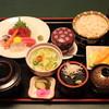 しのづか陣屋 - 料理写真:刺身ランチ