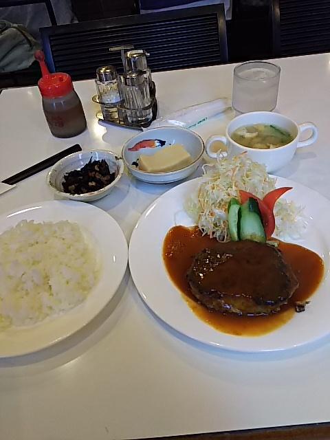 ピア - 日替わりランチ(ハンバーグ)900円