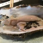 寿司源 藤沢大庭店 - 大好き岩牡蠣