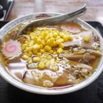 東峯園 - コーンラーメン(醤油) 550円。