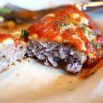 巴里 - チーズハンバーグ トマトソース