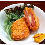 もつ焼き 肉の佐藤 - 「チーズハムカツ」(2016.06)