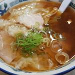 53037111 - ワンタン麺です