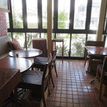 スポーティフ カフェアンドレストラン - ソファ席