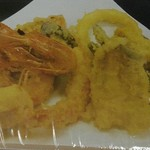 花風 - デラックス海鮮天ぷら定食1512円(有頭赤海老2匹、帆立貝柱、キス天、野菜天)
