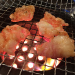 焼肉つるや橿原 - テッちゃん  500円  新鮮で脂がうまい(o^^o)♬