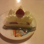 Fujiyaresutoran - ショートケーキ