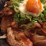 豚とことん - 炙りバラ玉丼