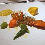 サザンタワーダイニング - オマール海老のヴァブール 香草風味