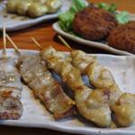 鳥貴族 - 国産豚バラ串焼・三角・焼鳥屋のとりコロッケ・つくねチーズ焼