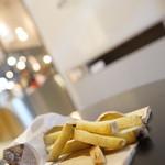 ブリック ハット - 料理写真:黄金千貫フレンチフライ
