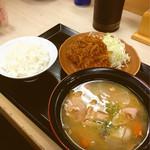 かつや - 豚汁定食702円